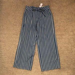 American Eagle paperbag pants